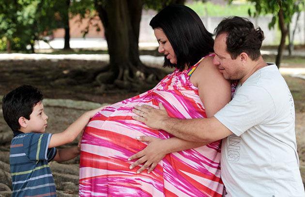 barriga de maria verônica grávida de quadrigêmeas